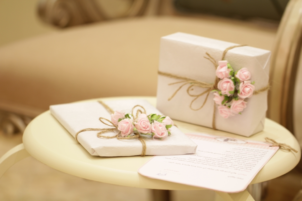Most Popular Wedding Gifts: Brides Reveal The Most Useful Wedding Gift They Received